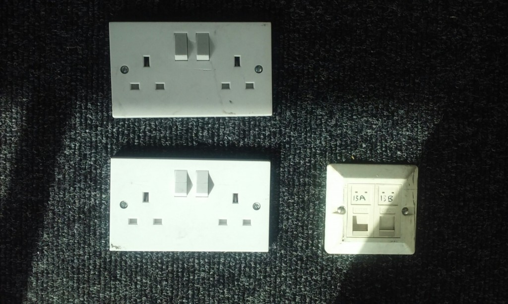 floor mounted sockets2